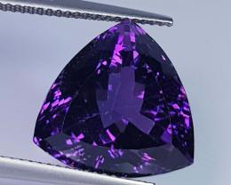 13.78 ct  Top Quality Gem Triangle Cut Natural Purple Amethyst