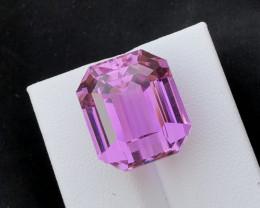 33.20 Carats Pink Color Kunzite Gemstone