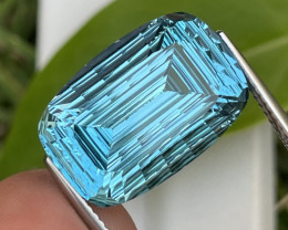 17.87 Cts Master Cut AAA Grade Natural Blue Topaz
