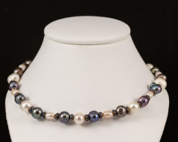Natural Black and White Freshwater Peal Necklace