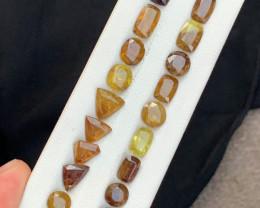35 carats fiery sphene tantanite Gemstones Parcel