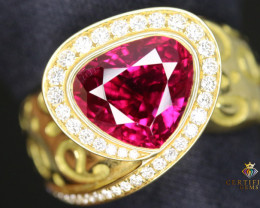 GRS Certified Elegant Ruby mounted in 18K Gold with Diamonds