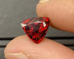 5.20 cts Natural Rhodolite Sparkling Gemstone (Trillion cut)
