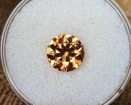 3,30ct Copper coloured Zircon - Master cut!