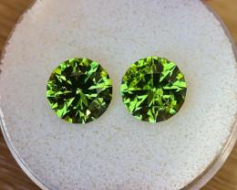 6,48ct Peridot pair - Master cut!