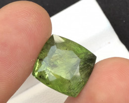 14.30 Ct Natural Beautiful Rutile Peridot Gemstone