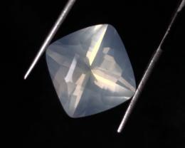 16.0 carats, Natural Moonstone.
