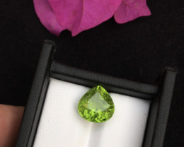 Top Grade 6.70 ct lovely Peridot Ring Size