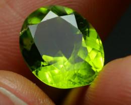 5.360 CRT BEAUTY GREEN PERIDOT -