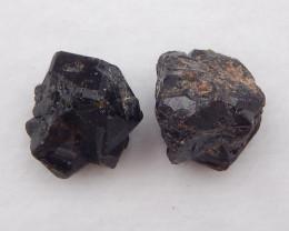 D1925 - 87.5cts 2pcs Raw garnet Gemstone ,Natural garnet Specimen ,Crystal