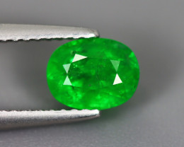 1.510 Cts Tsavorite Oval Chrome Green Garnet 100% Natural Unheated
