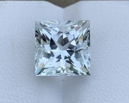 7.543 carat Natural Aquamarine Gemstone.