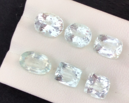 12.10 carats, Natural Aquamarine lot.