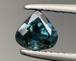 0.75 Ct Untreated Awesome Bi-Color Blue Sapphire. Sp-96593