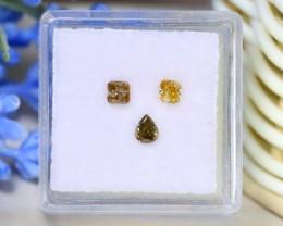Yellow Green Diamond 0.55Ct 3Pcs Untreated Genuine Diamond C1810