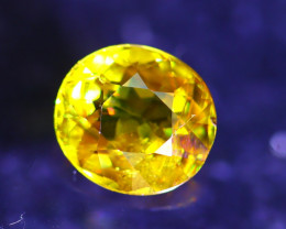 Sphene 2.33Ct Natural Rainbow Flash Chartreuse Green Sphene D2209/A51