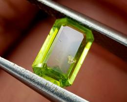 0.75Crt Sphene Color Change Natural Gemstones JI67
