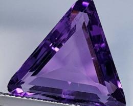 9.50 ct  Top Quality Gem Triangle Cut Natural Purple Amethyst