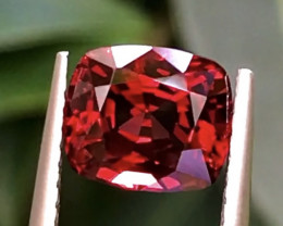 1.94 ct Vivid Red spinel With Excellent Luster and Fine Cutting Gemstone