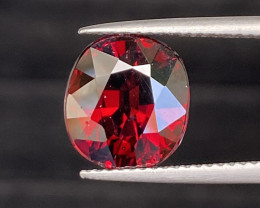 Natural Rhodolite 6.85 cts Sparkling Gemstone