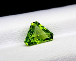 2Crt Peridot Pakistan Natural Gemstones JI71