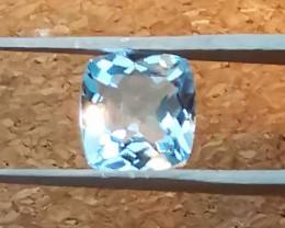 Topaz: 2.57ct, great colour, shining gem !