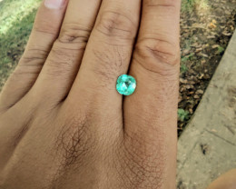 Colombian emerald cushion cut from Chivor 1.64 cts