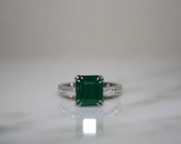 14k  White Gold  3.6CT Panjshir Emerald Ring  with VS1 diamonds