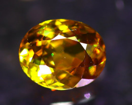 Sphene 2.22Ct Natural Rainbow Flash Chartreuse Green Sphene D0413/A51
