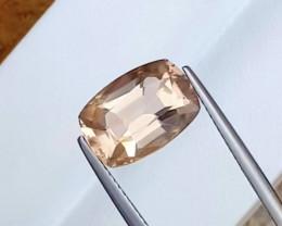 6.47 Carats Natural Topaz Cut Stone from Pakistan