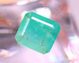 Emerald 2.72Ct Natural Zambia Green Emerald E0911/A38