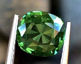 1.41ct Vivid Green Tsavorite Garnet With Excellent Luster And Fine Cutting