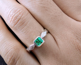 Colombian Chivor Emerald sterling silver ring  13.55 ct