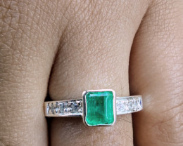Colombian Muzo Emerald sterling silver ring 15 ct