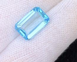 Perfect cut  Cut 13.60 Ct Natural  Blue Topaz gemstone