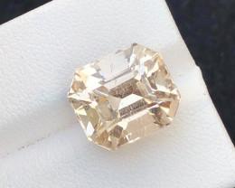 Perfect cut  Cut 12.95 Ct Natural Topaz gemstone
