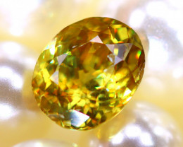 Sphene 2.38Ct Natural Rainbow Flash Chartreuse Green Sphene DR585/A51