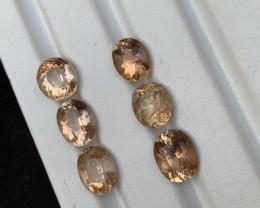 27.10 Carats Natural Topaz Gemstone