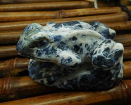 African sodalite carved frog decoration (D020)