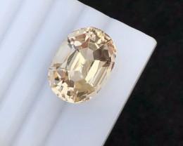 Perfect cut  Cut 12.40 Ct Natural Topaz gemstone