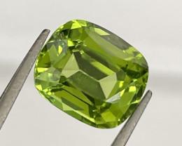 4.40 CT Peridot Gemstones from Pakistan