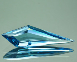 4.01 Cts Stunning Absolutely Natural Blue Topaz Fancy Cut Ref VIDEO