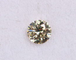 3.7mm,  0.20ct Natural VS Yellowish White Diamond / KL1292