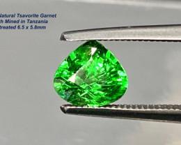 1.02ct Tsavorite Garnet - Vivid Green Tanzania / Unheated /  6.5x5.8mm