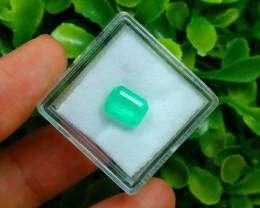 Muzo 1.73Ct Natural Colombian Vivid Green Color Muzo Emerald B2213