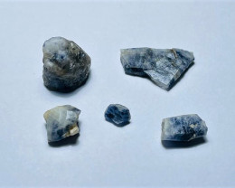 Amazing Natural color gemmy quality blue Sapphire crystals Rough50CtsS-20