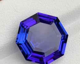 10.74 carat Natural Tanzanite Gemstone.