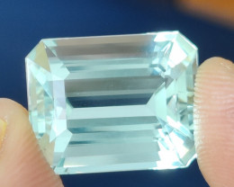 16.53 CTS RARE EXCELLENT UNHEATED NATURAL GREEN BERYL INDIA