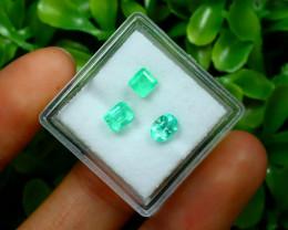 Muzo 1.31Ct 3Pcs Natural Colombian Green Color Muzo Emerald B2437