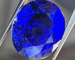 Tanzanite 17.21 cts vivid royal blue VVS quality.